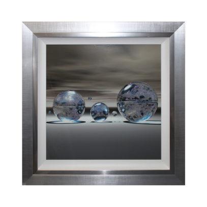 CC203LA Silver Spheres Square Right