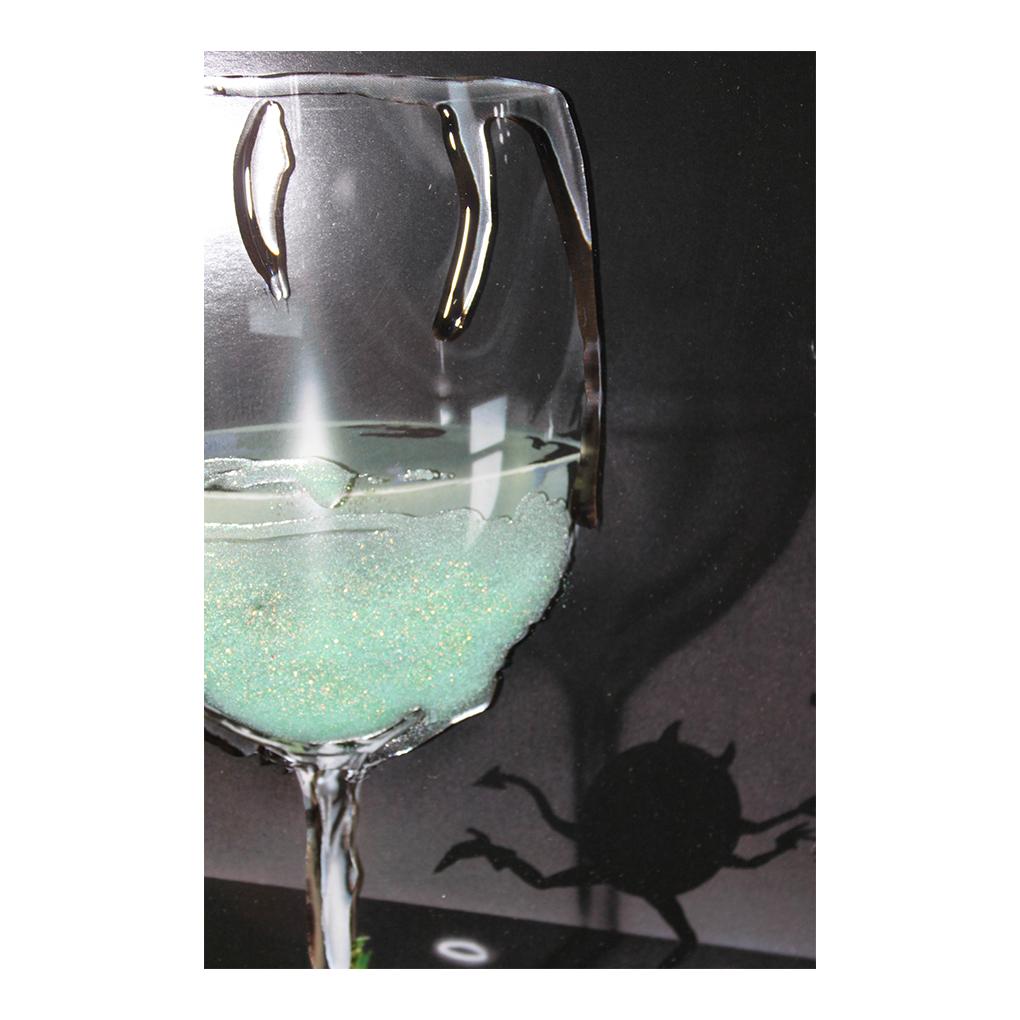 CC109LAb He Devil, She Devil White Wine DETAIL